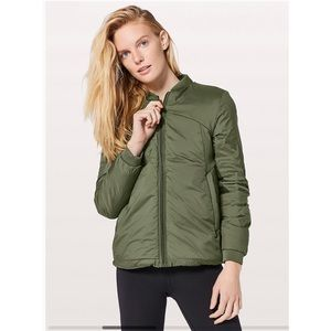 New with tags green lulu lemon weightless Jacket.